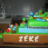 Playable Angry Birds Cake this is one of the largest cakes i did, it measures 24inches by 15inches... it's for a birthday and clinic blessing, everything is...