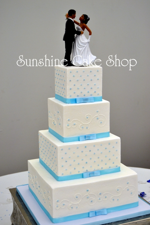 Ribbons & Pearls Wedding Cake