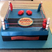 Boxing Sport Cake A boxing sport cake inspired by Daria on flickr. A vanilla cake covered in ganage and fondant.