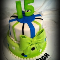 Lime Green Lovers Birthday Cake 15 year old who loves lime green.