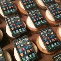 Iphone Cupcakes Edible images placed on graham crackers