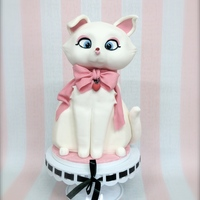 Minousch Kitten Cake Cat cake using CakeFrame starter set