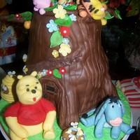 Winnie The Pooh   Baby Shower cake Winnie the Pooh and friends - Chocolate cake tree figures made of gumpast/fondant
