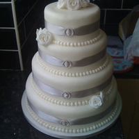 White Rose Wedding Cake this is a cake dummy for a wedding fayre this week my first one this is only mu 2nd cake think it looks pretty good