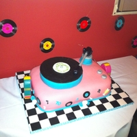 50S Record Player All accents made with fondant.