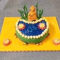Buddha Cake I loved Kimagination's Buddha cake and wanted to do a similar design. She was so helpful answering my questions. Buddha, om symbol and...