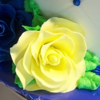 Blue And Yellow Roses   Yellow and Blue Fondant Roses