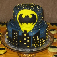 Batman Bat Signal Based on all of the great designs here on CC! Made for a friends' 3 little boys who had a Batman-themed party in the middle of summer...