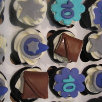 Wizards Of Waverly Place Themed Cupcakes