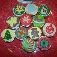 Christmas Cupcakes Vanilla Cake Lemon Curd Filling Vanilla Buttercream Frosting Amp Fondant Decorations   CHRISTMAS CUPCAKES, vanilla cake, lemon curd filling, vanilla buttercream frosting & fondant decorations