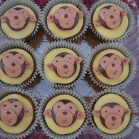 Monkey Cupcakes To Match Birthday Cake I like making these, they are so cute. Made them to match the monkey birthday cake for a little boy. TFL