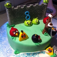 Angry Birds Cake   Angry birds scene cake