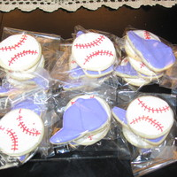 Baseball Cookies   I made these for my sons t-ball team.