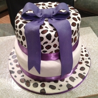 Leopard Cake   WASC, With fondand, This cake was for a friend of a friend of mine for her wedding shower.
