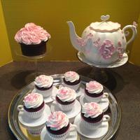 Tea Party Cake   *Teapot, teacups, mini cake