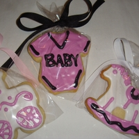 Baby Shower Cookies made these sugar cookies decorated with royal icing for my friends baby shower