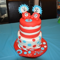 Dr Seuss Birthday Cake made this cake for my sons 1st bday