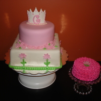 Gracies Princess Cake gumpaste crown with edible pearls and crystals, smash cake