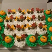 "Fall Cupcakes Buttercream Wfondant Pumpkins Acorns And Leaves ""Fall"" cupcakes, buttercream w/fondant pumpkins, acorns and leaves."