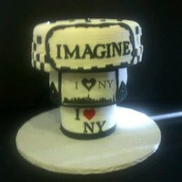 New York upside down, Black and White, New York Theme birthday cake