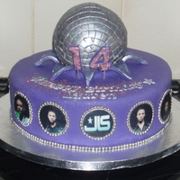Disco Ball/jls Cake Vanilla cake, disco ball is made out of rice krispie treat