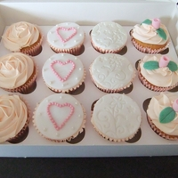Vintage Wedding Cupcakes Made as a wedding gift for a friend who's also having a vintage style wedding .