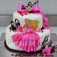 Hand Painted Sleeping Beauty Cake hand painted sleeping beauty with chocolate details