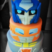 Transformers Birthday Cake My Nefew Jeffrey Loves Transformers, so naturally he wanted one for his birthday! :)