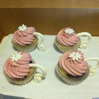 Tea Cup Cupcakes   Gumpaste handles and flowers