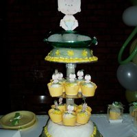 Milly;s Sweet Pea Baby Shower Cake everybody loves this cake. Not only was it beautiful it was delicious!