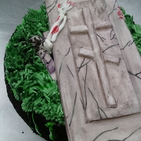From The Grave - 2 Round cake for Halloween. The same idea as for the jellyroll one.
