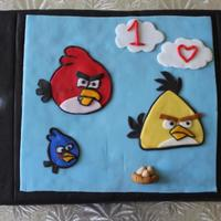 Angry Birds On I Pod Made this cake for my son's 10th BDay, wanted to make an I pod cake and Angry birds so i decided to combine the 2 themes in one, this...