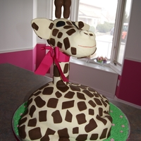 Giraffe Thanks to Tanyac63's help, I was able to make this giraffe cake for my daughter's first birthday!