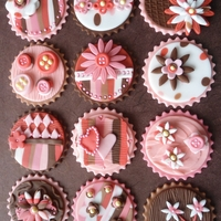 Girly Cupcakes Inspired on old pink and brown colors.