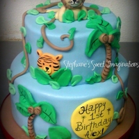 Jungle Birthday Cake Lion and cake made to match invitation. TFL!