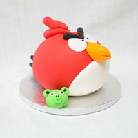Angry Birds I just had to try as well. Easy and fun cake :)