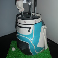 It's Like A Purse For A Golfer  A golf bag to feed 50! I am happy with the way it turned out. All of the decorations are made out of fondant covering a delicious butter...