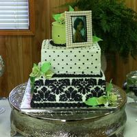 1320642495.jpg Damask Bridal Shower Theme. My first attempt at stencil work on buttercream icing.
