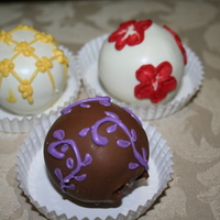 Bridal Shower Cakeballs   Cakeballs made for a bridal shower. 3 different flavors; red velvet, vanilla and chocolate.