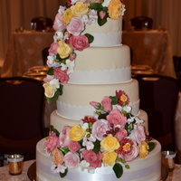 Every Once In A While I Get A Bride Who Wants Flowers On Her Cake That She Can Keep Forever This Is Betty Ann And Brians Cake Passion F Every once in a while I get a bride who wants flowers on her cake that she can keep forever. This is Betty Ann and Brian's cake....