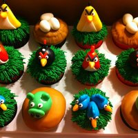 Angry Birds Cupcakes Angry Birds Cupcakes made with buttercream and fondant