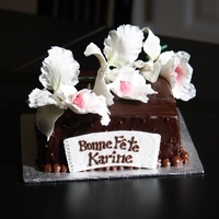 Chocolat And Flower Cake