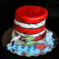 "Dr. Seuss ""one Fish, Two Fish, Red Fish, Blue Fish"" Cake All characters are hand cut and painted on gum paste. All edible!"