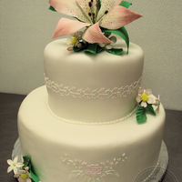 Wedding Cake All details piped with royal icing, gumpaste flowers. TFL