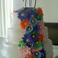 Round Wedding Cake, Lily, Gerber All handmade flowers