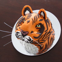A Tiger Cake Made For My Brothers 56Th Birthday He Always Growls Like A Tigeer When Hes Playing With His Grand Daughters So The Cake Was A tiger cake made for my brother's 56th birthday. He always growls like a tigeer when he's playing with his grand-daughters so...