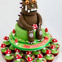 Gruffalo Cupcake Tower Small 1