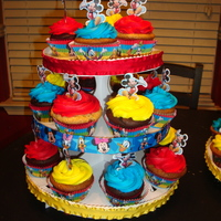 Mickey Mouse Club Cupcakes