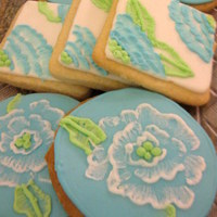 Brush Embroidery Cookies   my first time trying out brush embroidery after seeing sweetopias tutorial.i love how they came out!