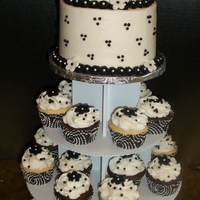 Black & White Cake And Cupcake Display